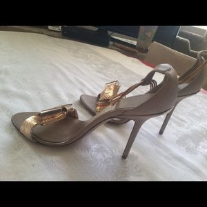 Buryberry Rose Gold Sandals,Ankle, 39 Retail 1495.